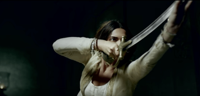 Bajirao Mastani Deepika Padukone sword fighting