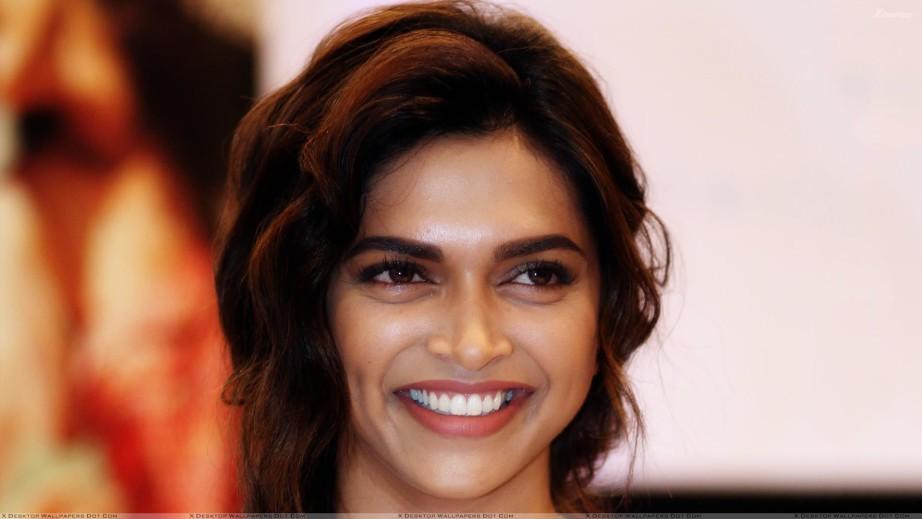 Smiling Face Girl Wallpaper India Deepika Padukone Beauty Regime Hair Skin Makeup Fitness