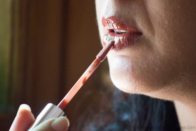 Colorbar Sheer Glass Lipgloss Brown Sheen Review, LOTD Aarti Kapur Singh