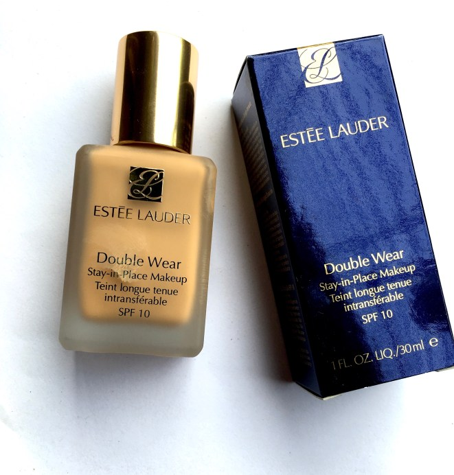 Estee Lauder Double Wear Stay-in-Place Makeup Foundation Review Swatches