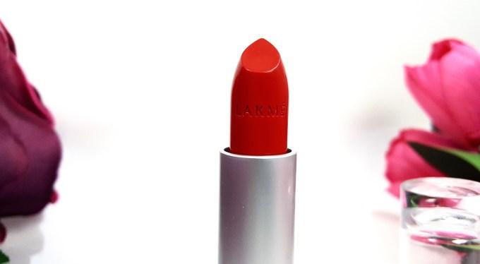 Lakme Enrich Matte Lipstick RM 14 red matte Review Swatches