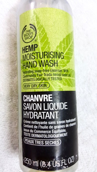 The Body Shop Hemp Moisturizing Hand Wash Review front focus