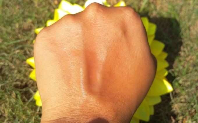 Kaya Revitalizing Tonic Skin Toner Review Swatch