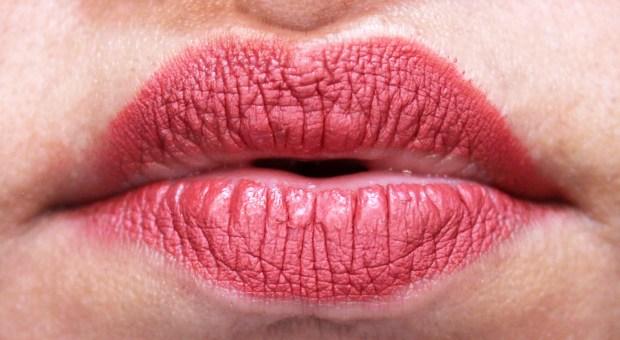 Lipland Matte Lip Crayon Lipstick Nicol Concilio Zoey Review Swatches 4 hours