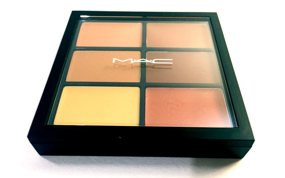 mac-conceal-correct-palette-medium-deep-review-swatches-demo-focus-near