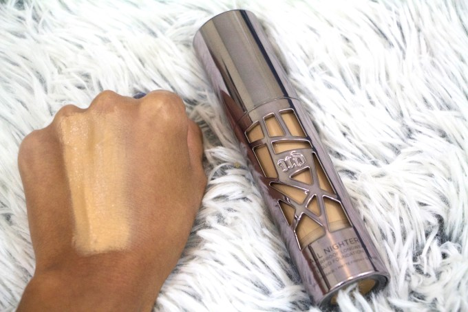 Urban Decay All Nighter Liquid Foundation Review Swatches hand Demo