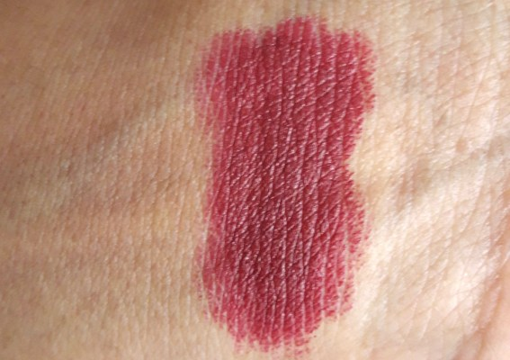 Inglot Matte Lipstick 412 Review, Swatches 6