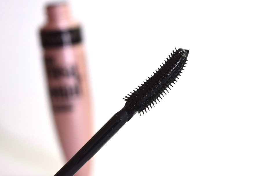 Maybelline Lash Sensational Mascara Review, Swatches Wand