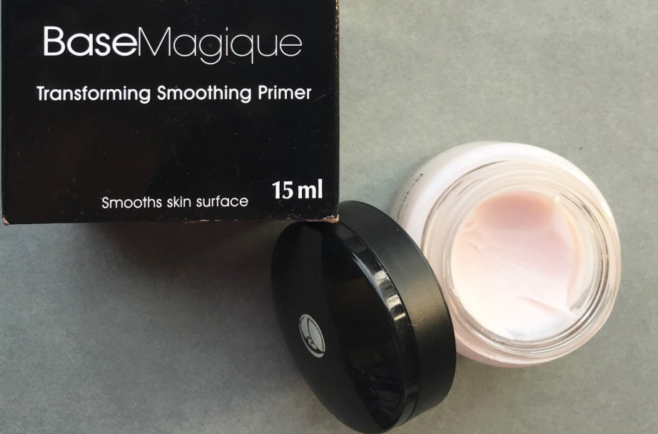 L'Oreal Base Magique Transforming Smoothing Primer Review, Swatches MBF Blog
