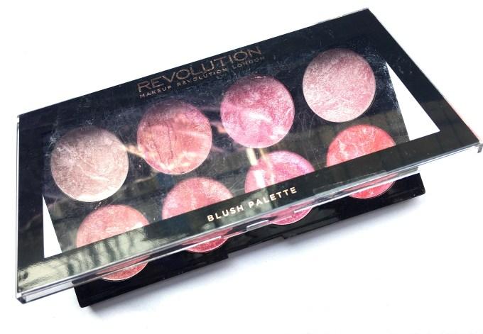 Makeup Revolution Blush Palette Blush Queen Review, Swatches 1