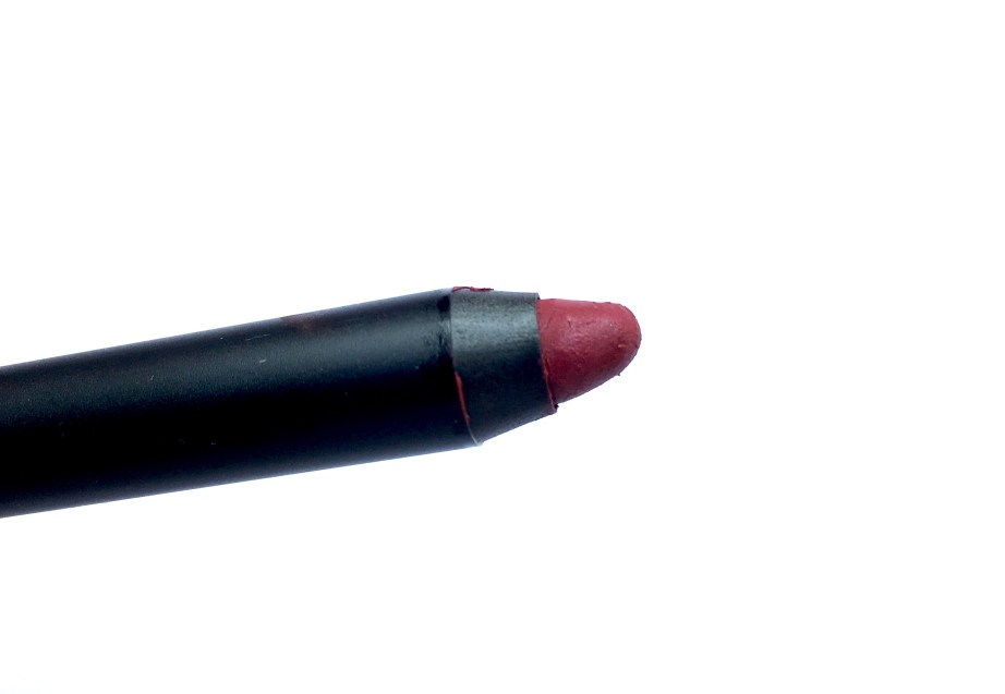 Nykaa Matteilicious Lip Crayon Perfect Plum Review, Swatches Focus