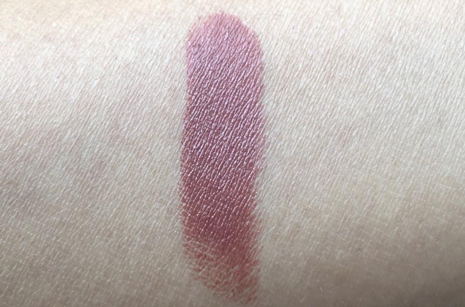 Nykaa So Matte Nude Lipstick Bon Bon 26M Review, Swatches skin