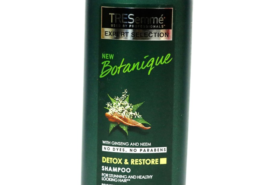 TRESemmé Botanique Detox & Restore Shampoo Review details