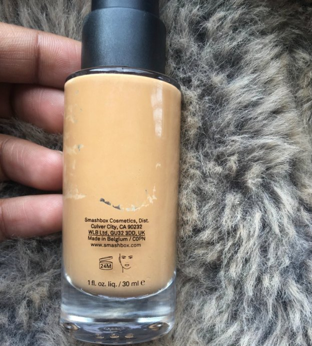 Smashbox Studio Skin 15 Hour Wear Hydrating Foundation Review, Shades, Swatches back