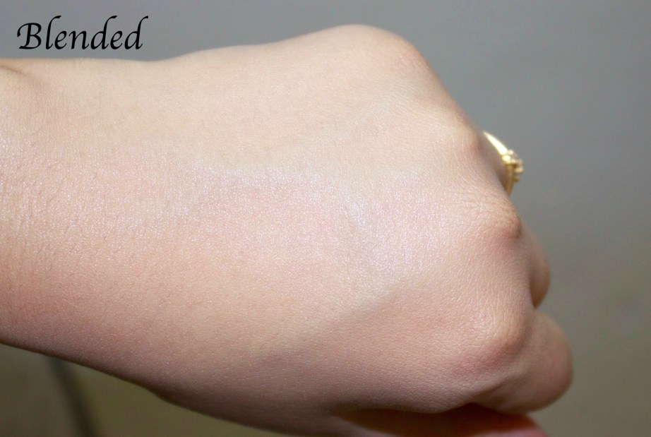 Lakme Invisible Finish Foundation Review, Swatches Blended