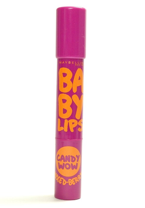 Maybelline Baby Lips Candy Wow Mixed Berry Review, Swatches front
