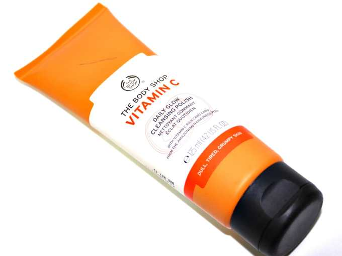 The Body Shop Vitamin C Daily Glow Cleansing Polish Review Face