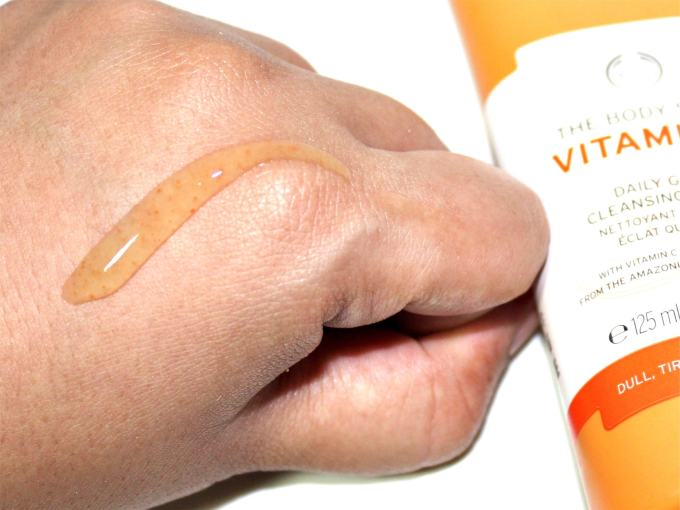 The Body Shop Vitamin C Daily Glow Cleansing Polish Review Swatch