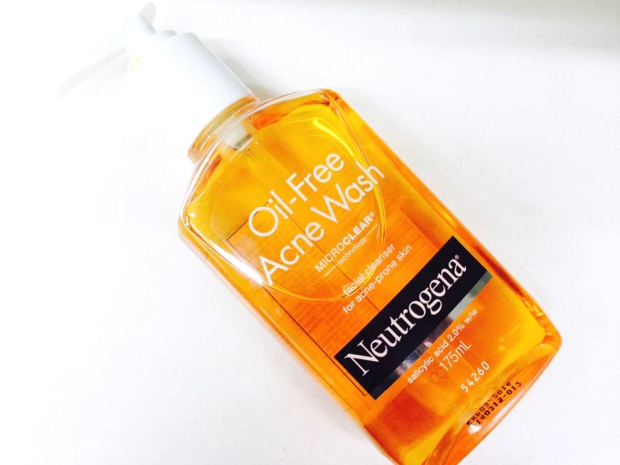 Neutrogena Oil Free Acne Face Wash with Salicylic Acid Review