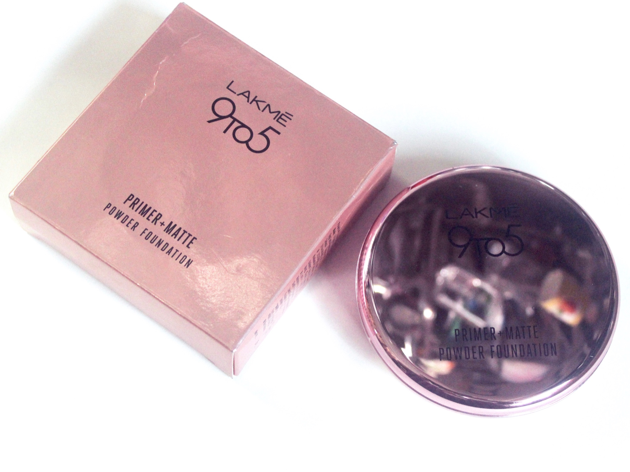 Lakme 9 to 5 Primer + Matte Powder Foundation Compact Review, Shades, Swatches