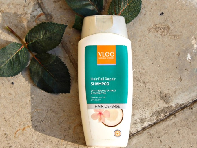 VLCC Hibiscus & Coconut Oil Hair Fall Repair Shampoo Review