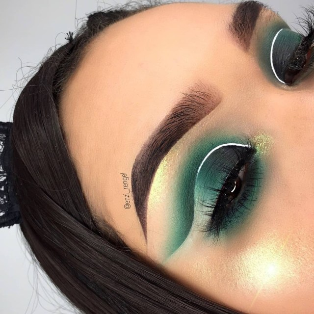 Cut Crease Eye Makeup 26 Cut Crease Makeup To Make Your Eyes Really Pop Ritely