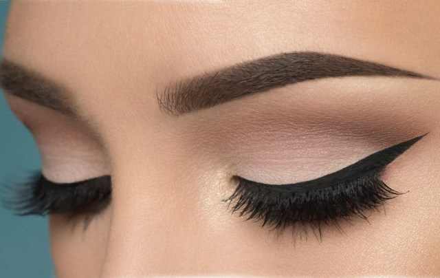 Cut Crease Eye Makeup How To Do Cut Crease Eyeshadow Makeup 7 Simple Cut Crease Tutorials