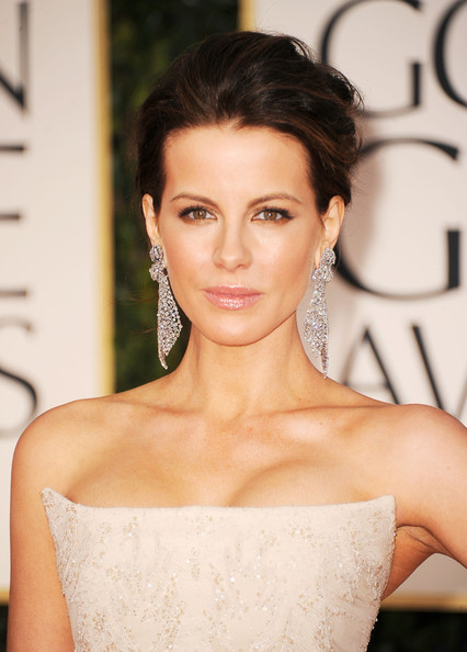 Eye Makeup For Beige Dress Hair And Fashion Glam Report Golden Globes 2012
