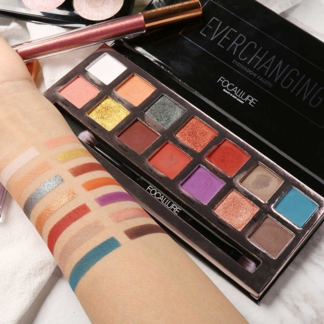 Eye Makeup Summer Focallure New 14 Colors Eyeshadow Palette With Brush Glitter Eye