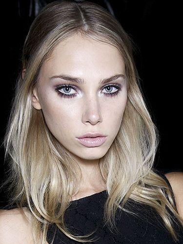 How To Do 60S Eye Makeup Mac Makeup Video Tutorial 60s Doe Eye Makeup