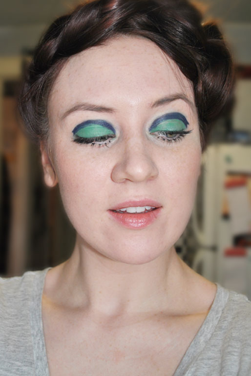 How To Do 60S Eye Makeup Style Of Your Own Makeup Photo A Day Eleven 60s Eyes