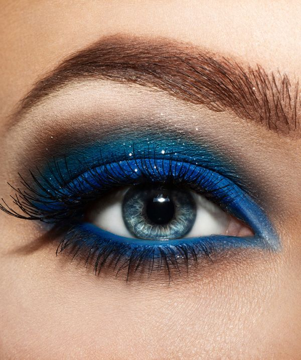 Makeup Colors For Blue Eyes 7 Beautiful Smokey Eye Makeup Looks Inspired Blue And Green
