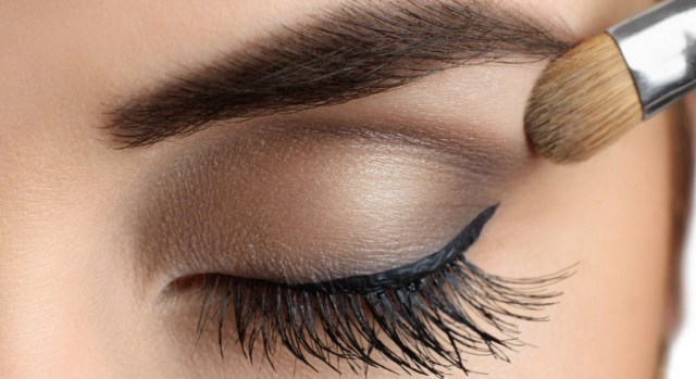 Makeup For Brown Eyes 5 Makeup Looks To Make Brown Eyes Pop Tips Entity