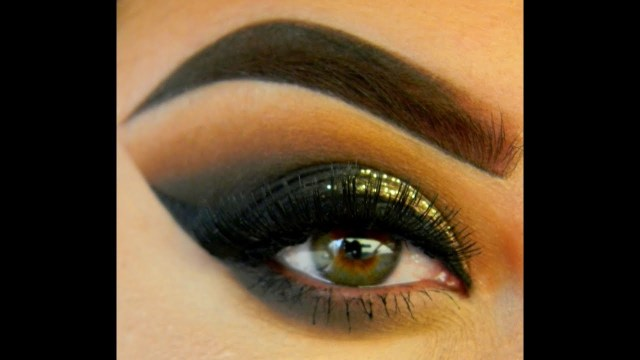 Makeup Tape Eyes Sharp Edge Eyeshadow Look Without The Tape Youtube