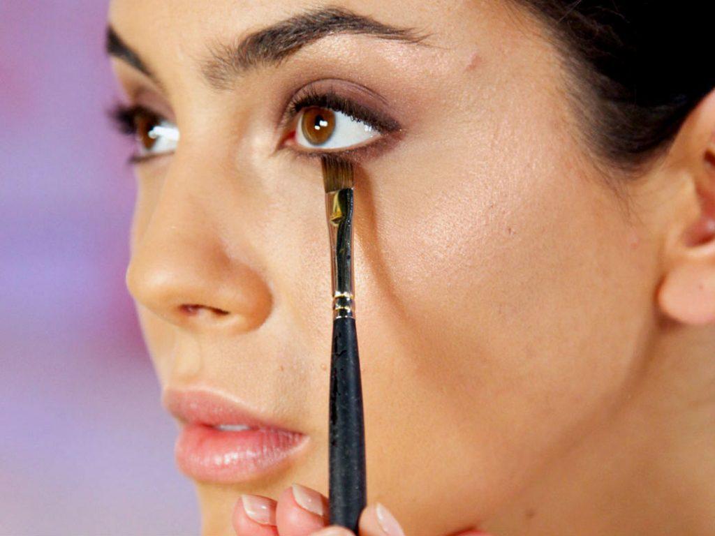 White Makeup Under Eyes White Makeup Under Eyes 8390316 1cashing