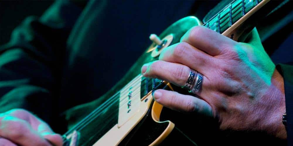 7 Ways to Build Speed on the Guitar