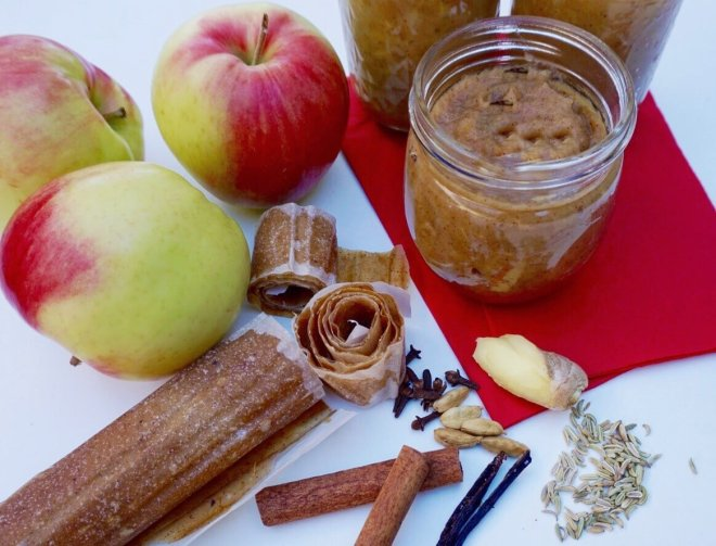 Chai Applesauce, Apple Butter, and Apple Leather