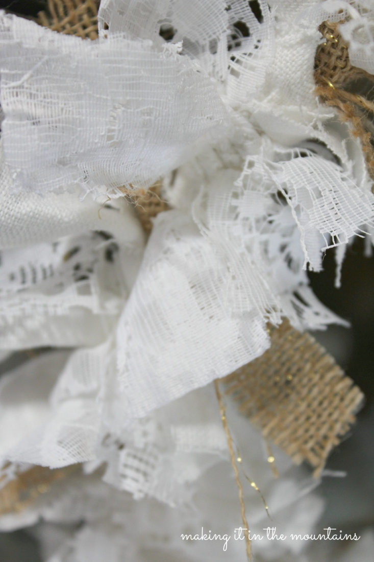 Scrappy Burlap & Lace Wreath :: making it in the mountains