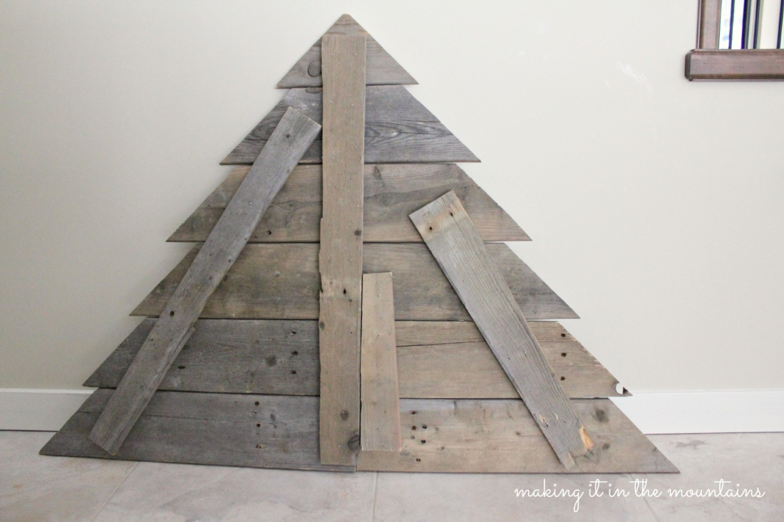 Pallet Wood Christmas Tree.Rustic Pallet Wood Christmas Card Tree Day Ten Of 12 Posts