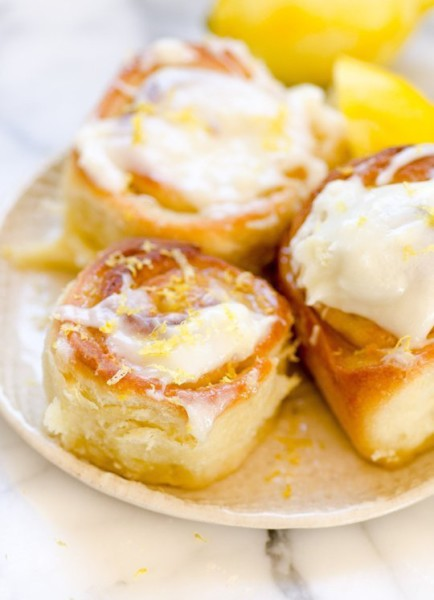 Sticky Lemon Rolls with Lemon Cream Cheese Icing