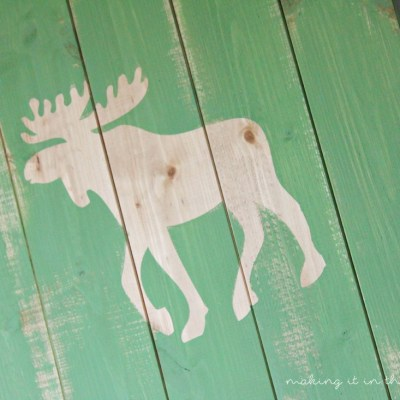Monthly DIY Challenge: Rustic Scrap Wood Pallet Art