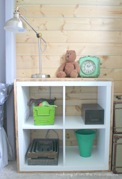 Looking for the perfect way to add some rustic charm to a plain ol' IKEA shelf?  You're going to LOVE this IKEA hack!  Check out this tutorial showing you how to add wood to an IKEA Kallax!