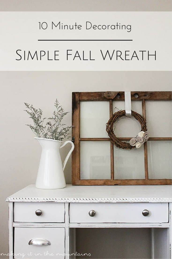 Looking for a quick way to cozy up your home this Fall? You're going to fall head over heels for this quick & easy Fall Wreath!