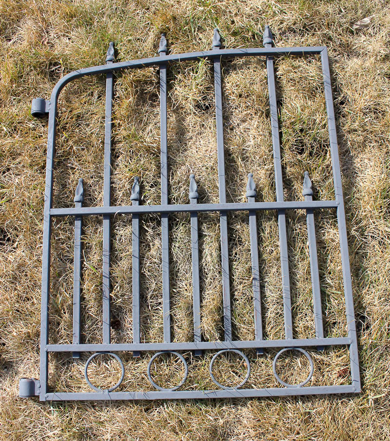 DIY Rusted Antique Gate | www.makingitinthemountains.com