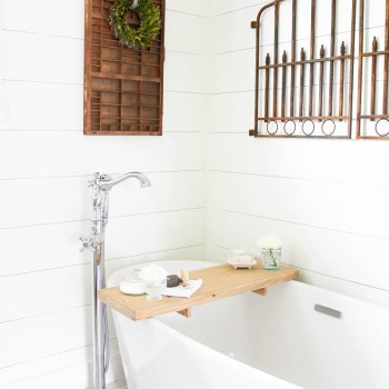 A Farmhouse Style Bathroom