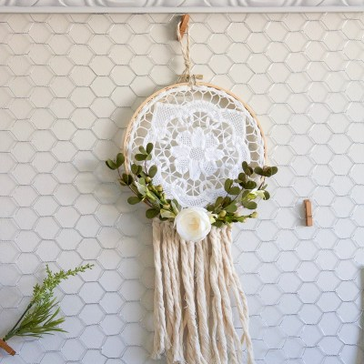 How to Make a Rustic Farmhouse Style Dreamcatcher from a Vintage Doily