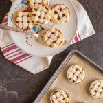 Mini Mason Jar Lid Strawberry Pies