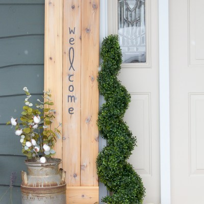 Rustic DIY Welcome Sign
