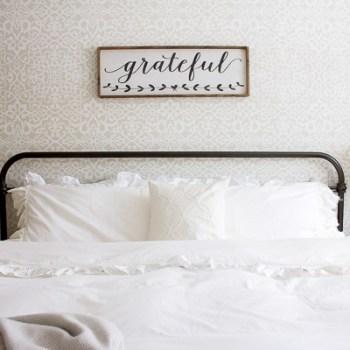 Farmhouse Pillowcase | www.makingitinthemountains.com