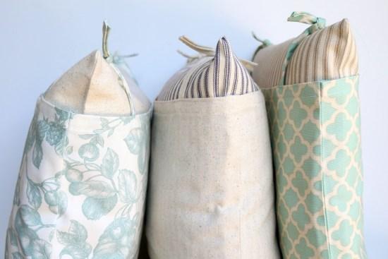 How to sew your own Farmhouse Pillows